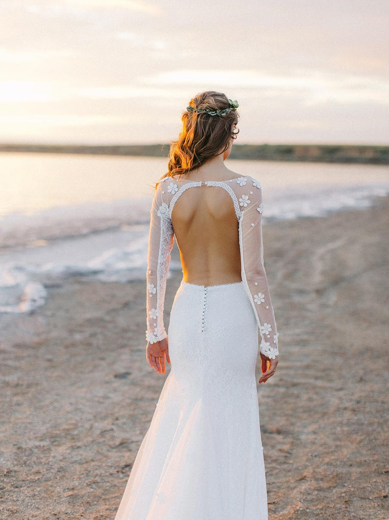 Open back wedding dress // mermaid wedding dress // backless image 4