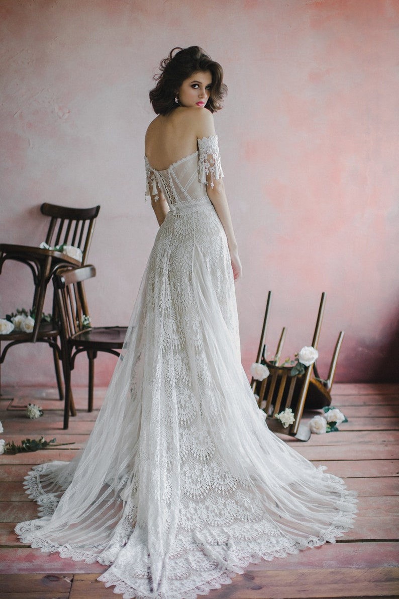 Sweetheart bohemian wedding dress Strapless corset bodice image 3