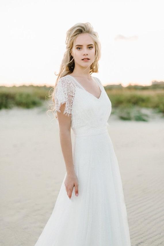 Wedding Dress Short Sleeve Wedding Dress Boho Wedding Dress Lace Wedding Dress Bohemian Wedding Dress Romantic Wedding Dress Rustic