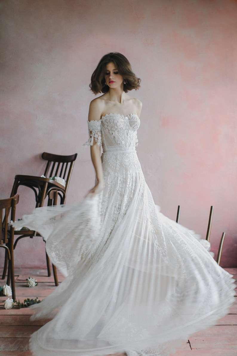 Sweetheart bohemian wedding dress Strapless corset bodice image 5