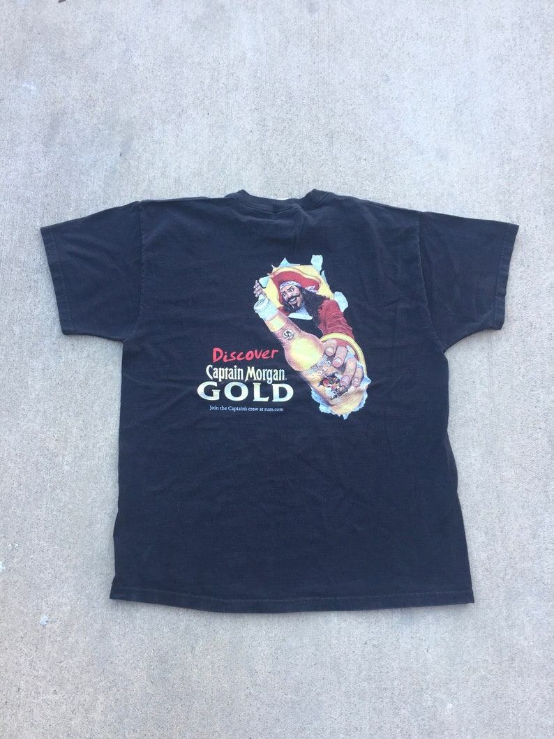 5090ecca587fd Captain Morgan T-Shirt Sz XL Captain Morgan Gold Shirt