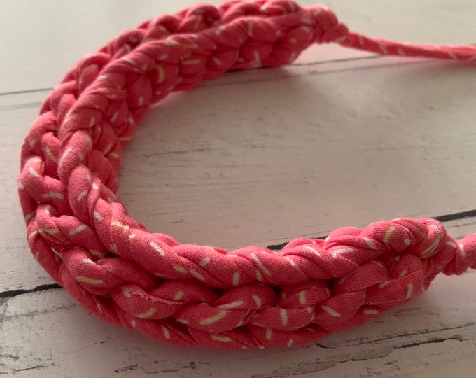 Featured listing image: Stellen Curve necklace: PINK SPRINKLES, chunky statement necklace , pink patterned Tshirt yarn, boho, ecofashion, doughnut, kawaii