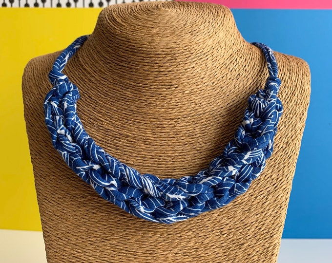 Featured listing image: Stellen Curve necklace: Lisbon Blue chunky statement necklace made with blue & white patterned Tshirt yarn, eco friendly, boho