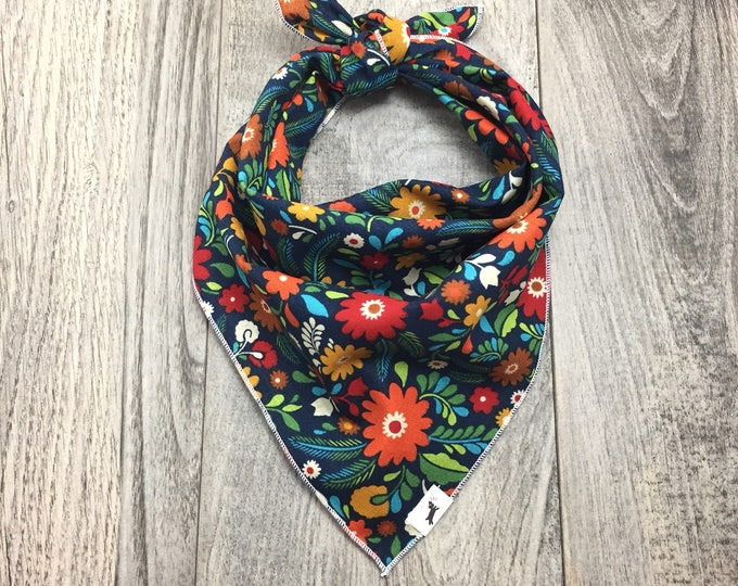 Spring Floral Tie On Dog Bandana, Dog Bandana, Pet Bandana,  Floral Dog Bandana, Pet Gift, Summer Bandana, Dog Scarf, Cat Bandana