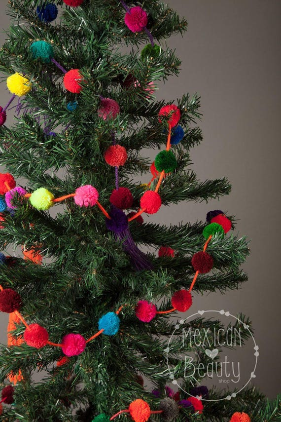 Christmas Tree Garland.Christmas Tree Garland Christmas Ornament Christmas Decorations Christmas Tree Wrap White Pompom Garland Pompoms
