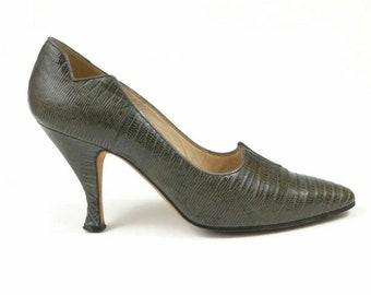 c46af9cf3ed6c Manolo Blahnik • Ash Grey Lizard Leather High Heel Shoes • Size EU 35.5 /UK  2.5