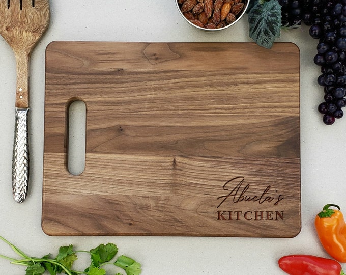 Personalized Walnut Cutting Board, Abuelas Kitchen, Housewarming Gift, Mothers Day Gift, Gift For Mom, Christmas Gift