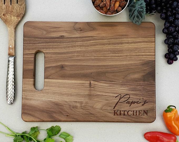 Personalized Walnut Cutting Board, Papis Kitchen, Housewarming Gift, Fathers Day Gift, Bamboo Cutting Board, Dia de Padres, Papa