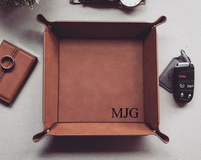 Personalized Catch All Tray, Vegan Leather Valet Tray, Valet Tray For Men, EDC Dump Tray, Mens Valet Storage Coin Tray, Christmas Gift