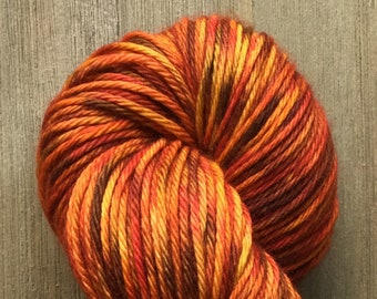 Hand Dyed Yarn, Worsted Weight 4ply, 100% Superwash Merino Wool, Pepper on Hearty Worsted Yarn