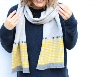 Knitted Lambswool Scarf Women's/Mens