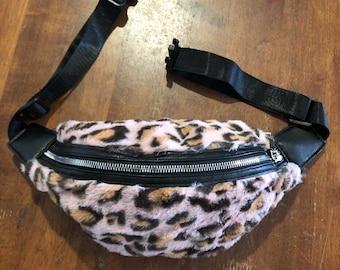 3d3e38639e2ef2 90s pink leopard faux fur bumbag/ hip bag /fanny pack , grunge , festival  fashion