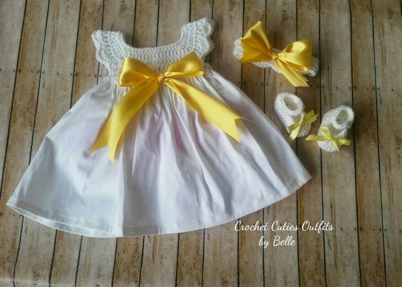 SALE CROCHET BABY GIRL DRESS SET HEADBAND /& SHOES PURE WHITE CHRISTENING RIBBON