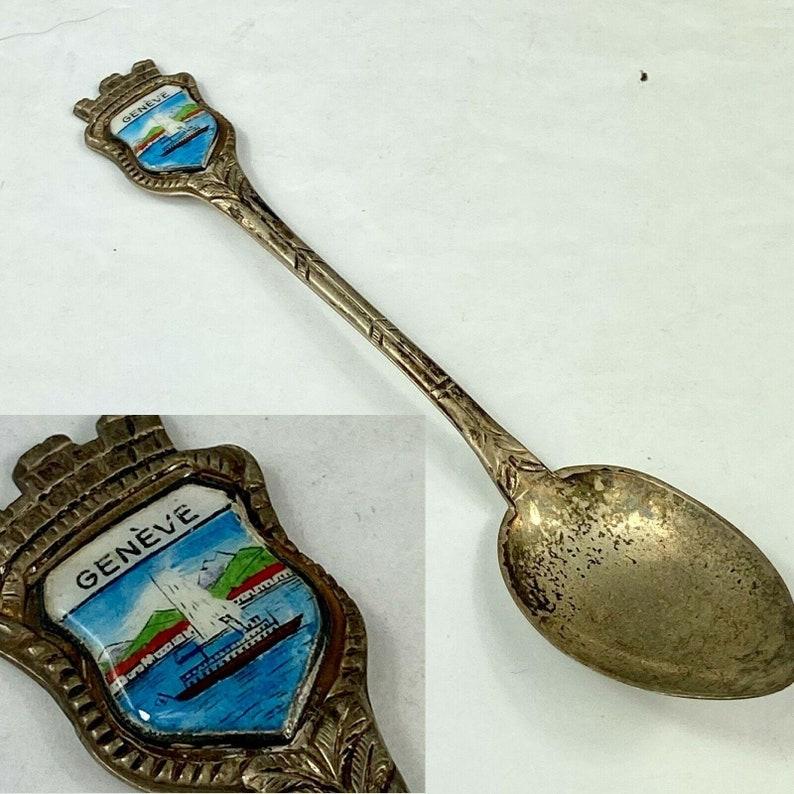 Geneve Switzerland 3.5 Souvenir Collector Spoon Vintage