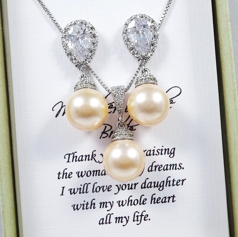 Peach Pearl Necklace: Swarovski Peach Pearl Necklace And Earring Set Mother Of