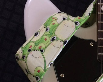 Frog guitar strap // cool green frogs acoustic, electric or bass guitar strap // unique guitar strap // girlfriend gift // frog gift
