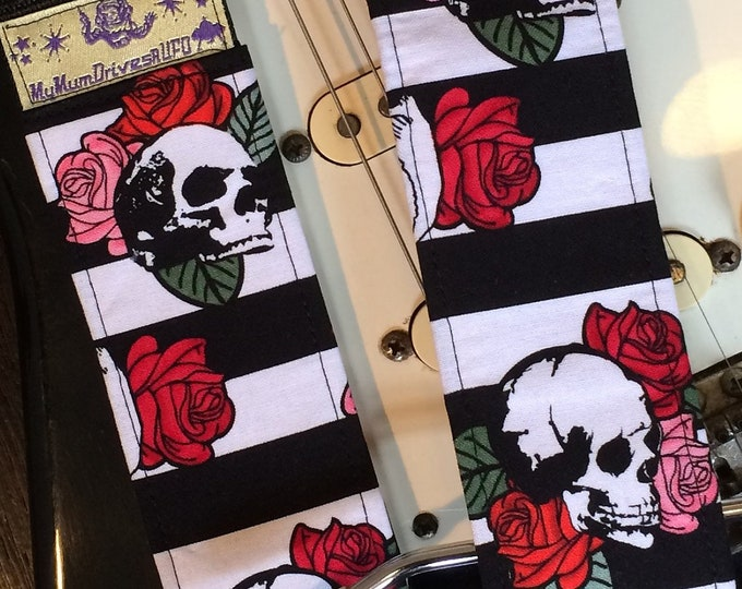 Skulls and roses guitar strap // red & pink roses on white and black background // skull guitar strap // floral guitar strap