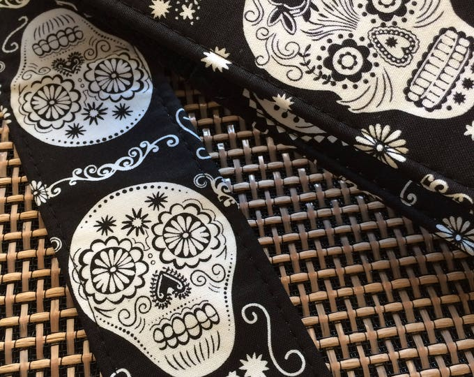 Sugar skull guitar strap // black and white gift // sugar skulls/calavera day of the dead // punk guitar strap // unique guitarist gift idea