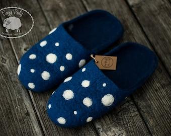 Housewarming gift for men felted slippers White polka dots mens slippers house shoes Boiled wool felted wool slippers Warm slippers