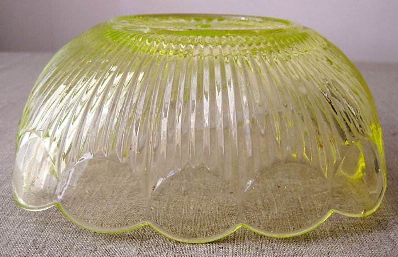 Old seyedmehdi glass serving bowl Salad Dressing Server glass The table.glass art.. decorative Table Vintage France french object