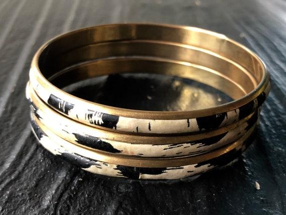 En laiton Vintage bracelets vinyle imprimé Animal tissu des   Etsy 04109605bca