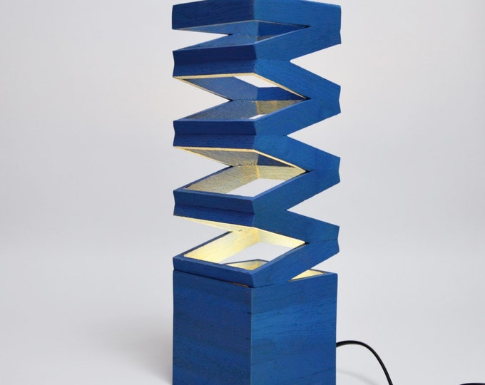 Blue Akoredeoia Wooden Design Table Lamp