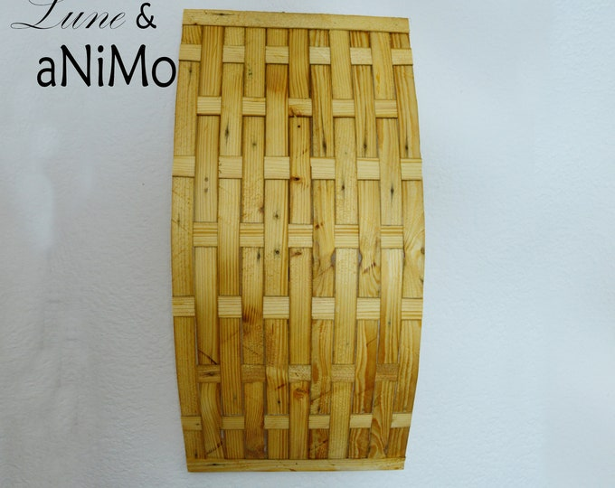 Recycled wooden wall light. Ethnic, raw large wall lamp in wood, plaited woven blades, TLITIA by Lune et Animo