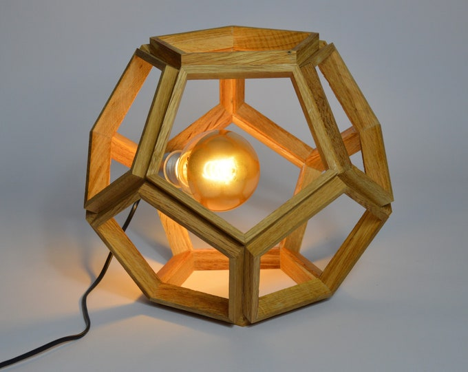 PAGONG // Wooden design desk lamp, in the shape of a Dodecahedron