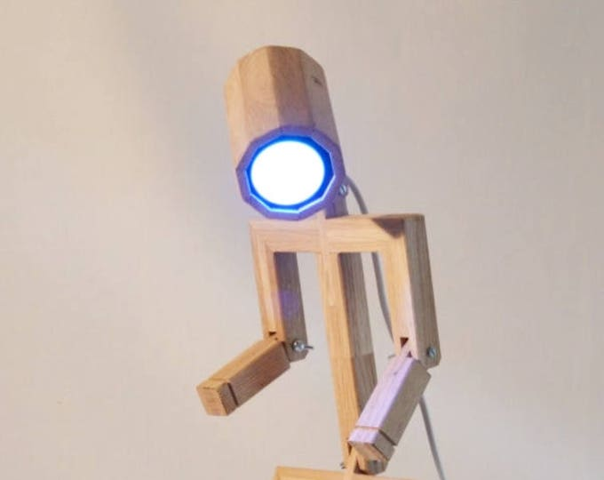 Articulated Design lamp Madame, Made from recycled wood, Anloefu