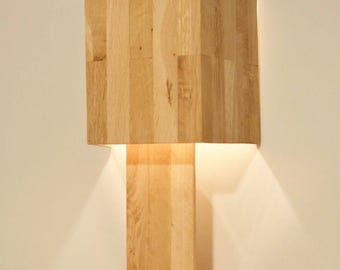 Wooden design table lamp in oak wood, lamp with half shade, modern design, LODA by Lune et Animo