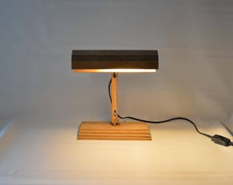 Recycled wooden vintage style piano lamp. Recycled oak floor wood. Unique desk lamp. VALESC, Handmade in France by LuneetAnimo.