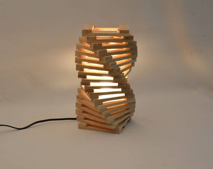 Design table lamp in oak wood, twisted modern desk lamp, Rodron by Lune et Animo