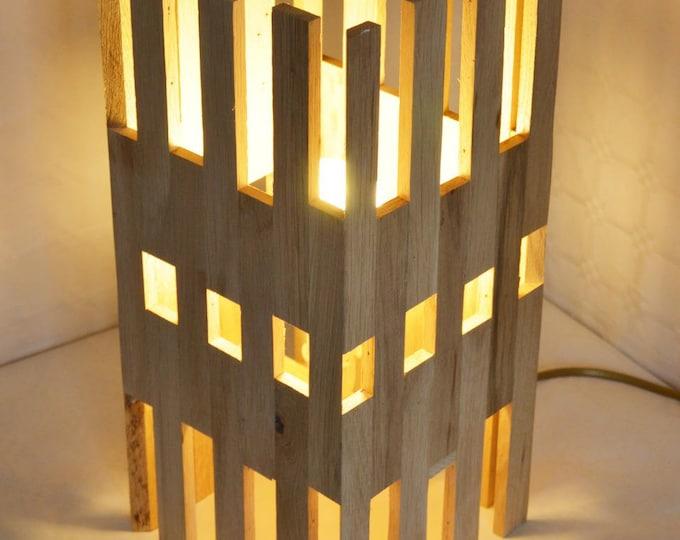 Hi-Rise / / design in oak wood lamp