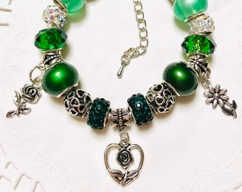 Green Heart and Roses-European Style Charm Bracelet