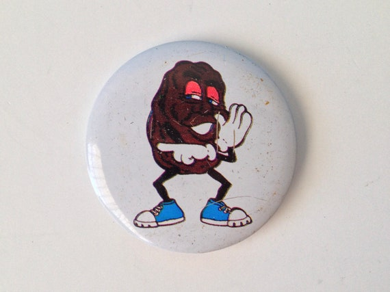 California Raisin Pin Button
