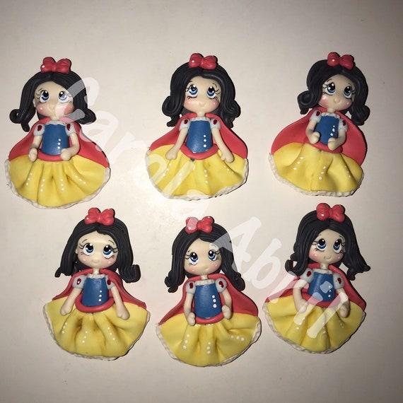 Little DollsDolls for ribbon Centers