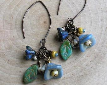 Flower dangle boho earrings, rustic boho flower earrings