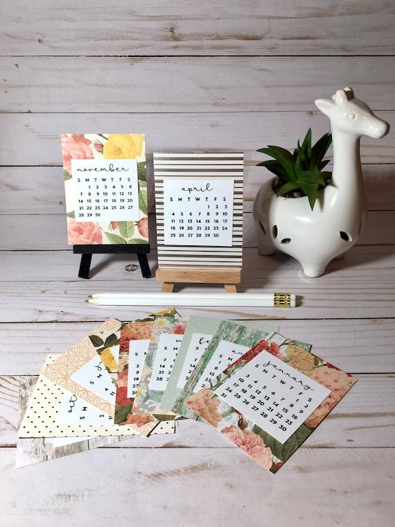 Mini 2022 Calendar.Small Desk Calendar 2021 2022 Mini Calendar Cards And Stand Etsy