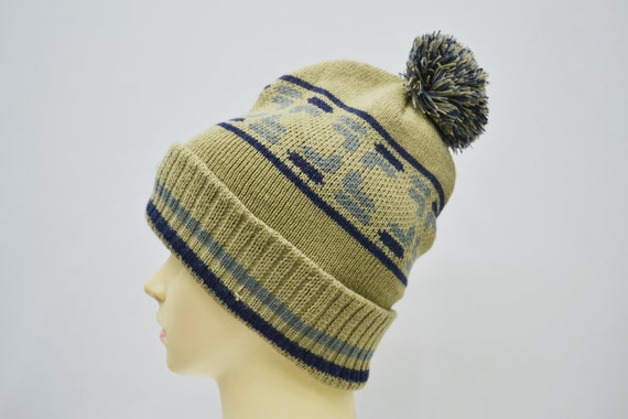a3f097f4ac3 Fila Beanie Fila Winter Hat Vintage 90 s Fila Snow Cap