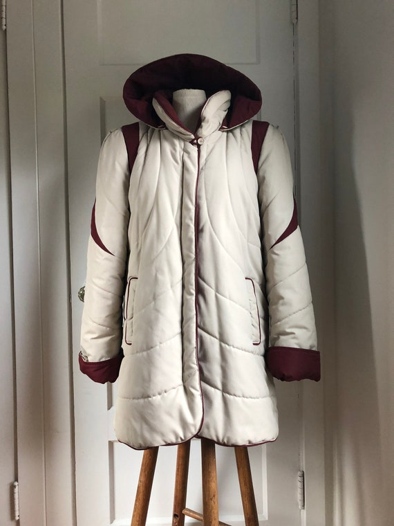1980s Classic Quilted Hooded Puffy Coat- size med/