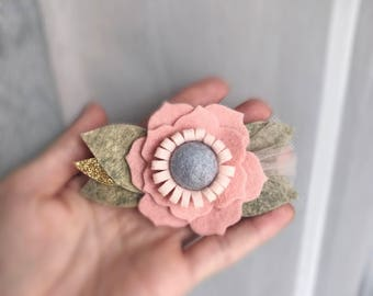 Powder flower with gold