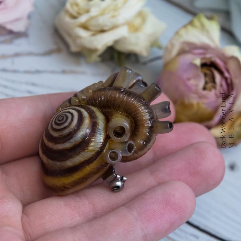 Brooch snail heart original