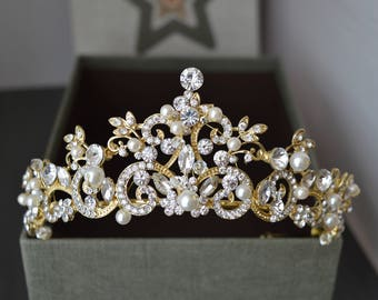 Gold tiara,Pearl Tiara, Diamante Tiara, Leaf Pearl Wedding Tiara, Swarovski Crystal, Bridal Tiara,Bridal gold tiara,Gold Pearl Tiara.