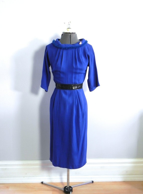 Vintage 1950s Blue Wiggle Dress / Seriously Cute 5