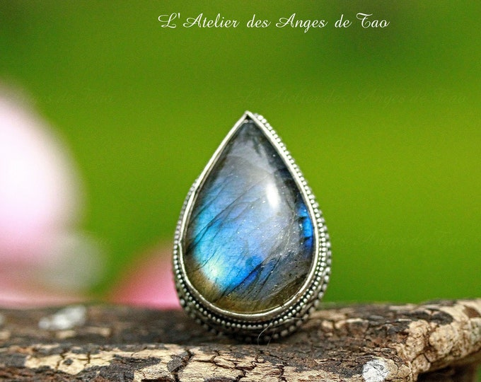 Sumptuous Labradorite ring size 54 protection stone par excellence