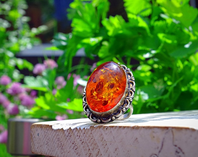 Stunning Baltic amber and 925 sterling silver ring size 8.5 US 58