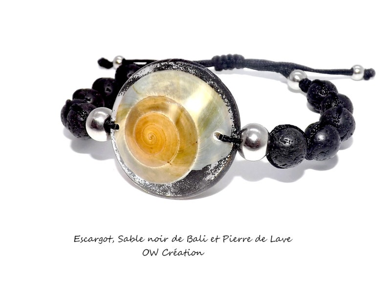 Bracelet snail in a dome of resin and lava beads
