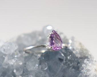 Pear Shaped Amethyst ring, Sterling Silver Ring, Amethyst  Pear Ring, Elegant Amethyst Ring, Ring Amethyst  Tear drop, Amethyst Pear 9x6mm