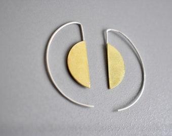 Lightweight Graphic hoop earrings