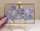 Mothers day gift box - pressed flower frame on a wooden easel floral arrangement floating frame pressed hydrangea flowers